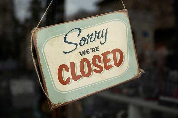 Sun Valley restaurant closed sign