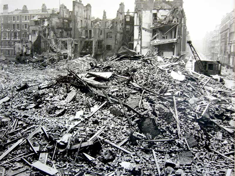Bomb damage to London in World War 2